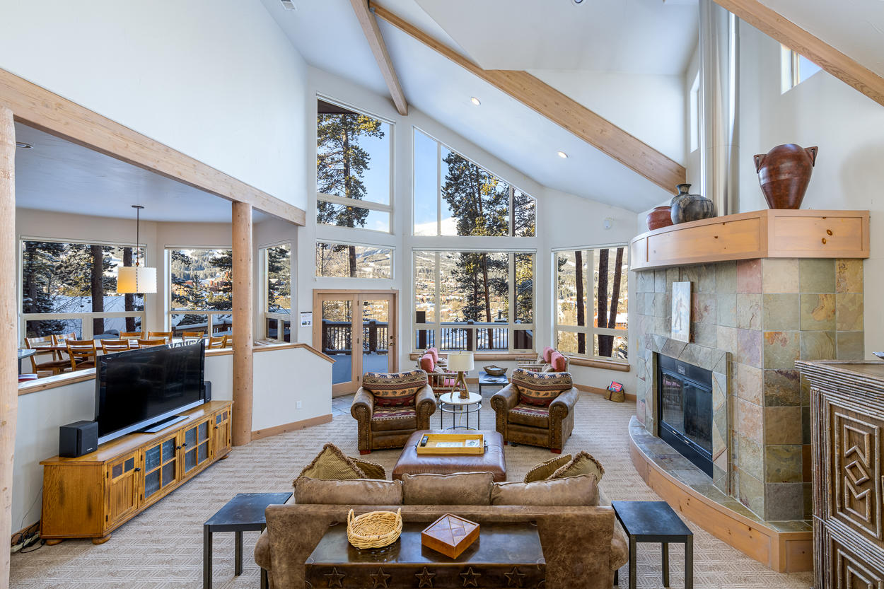 The views from the main living area are truly incredible.