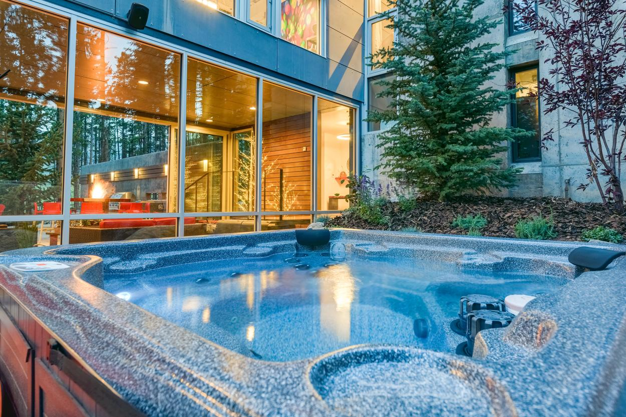 Soak it all in on the main level patio, where you can relax in the hot tub and listen to your favorite tunes on the Sonos smart speakers.