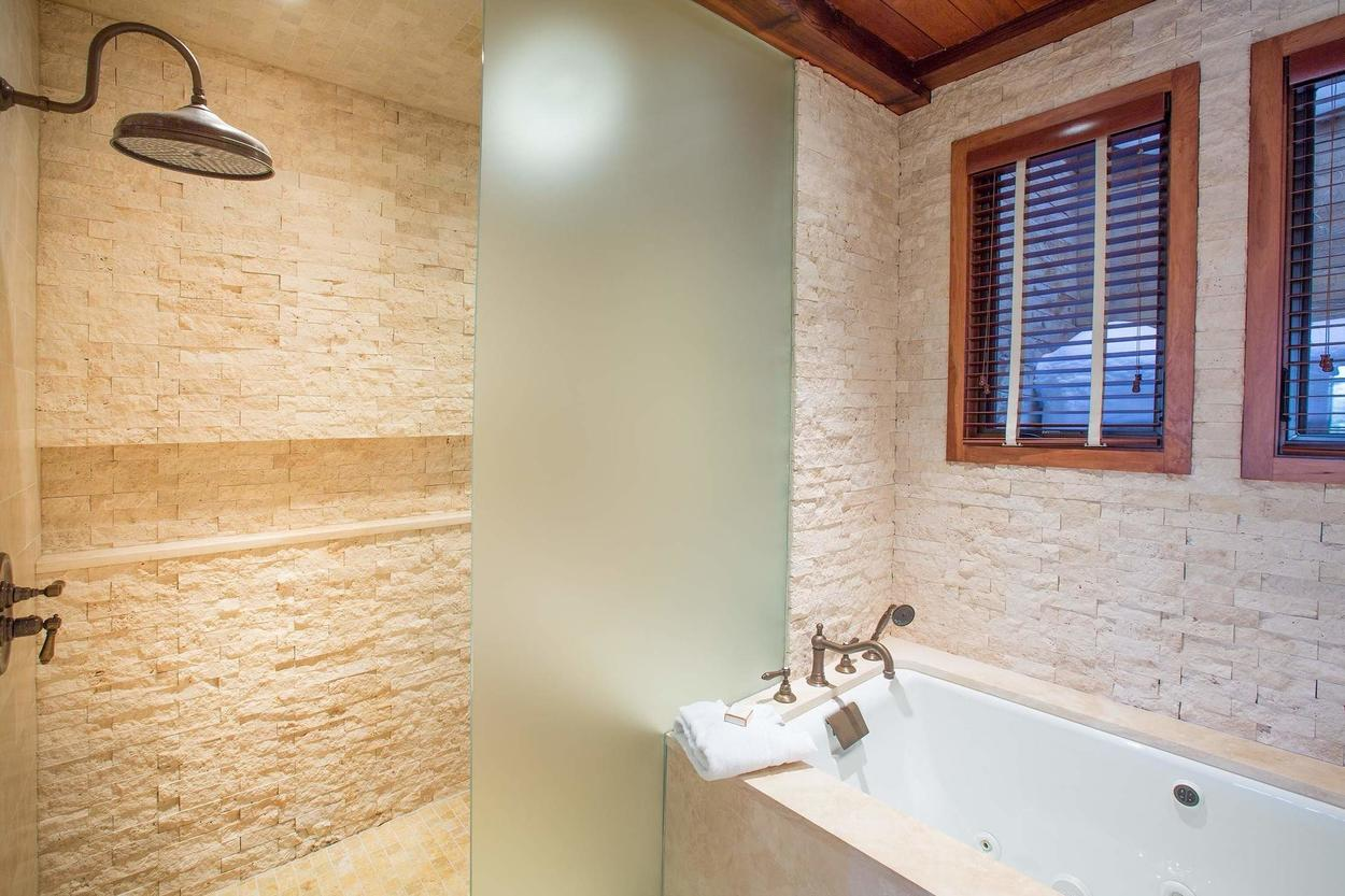Options are a plenty. Tub or walk-in shower? You decide.