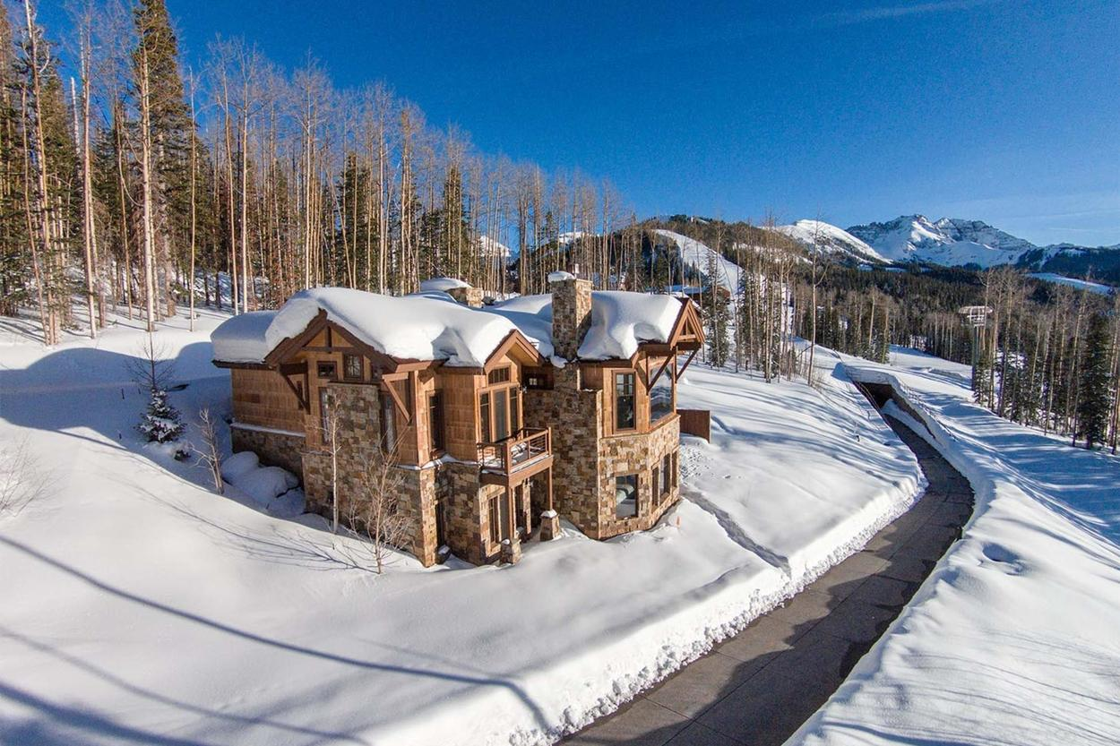 This home is not accessible by any vehicles. It's gondola, snowcat or bust.