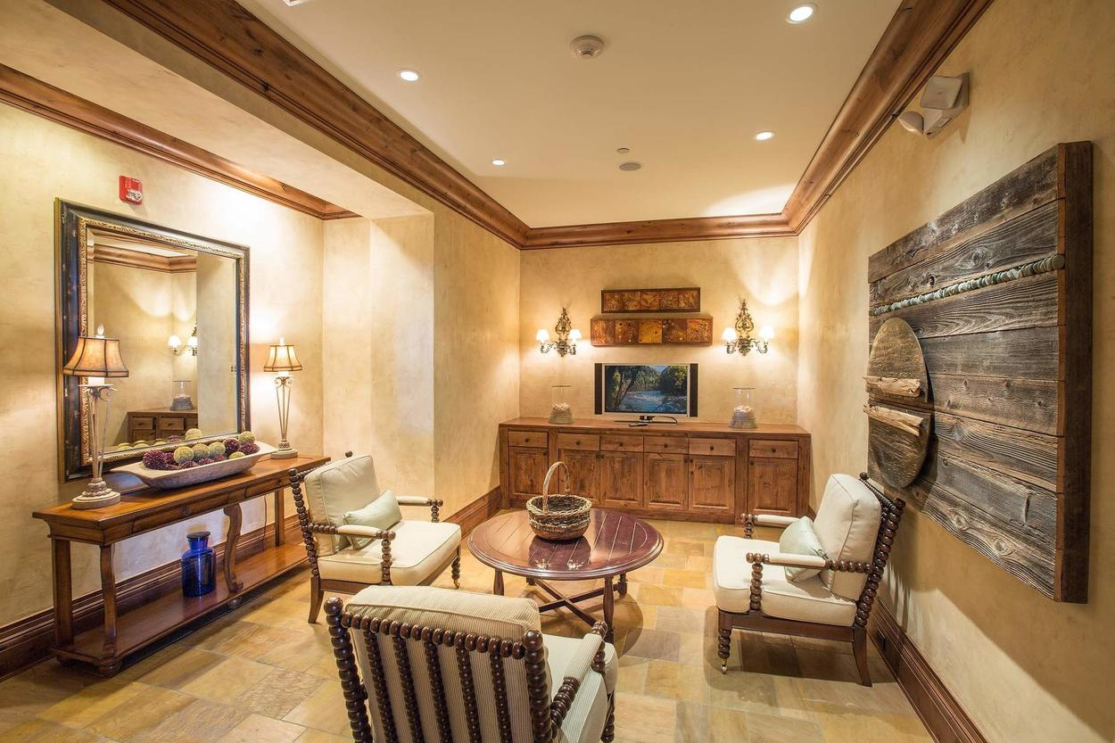 The ladies lounge outside the locker is convenient while you wait for your family to change.