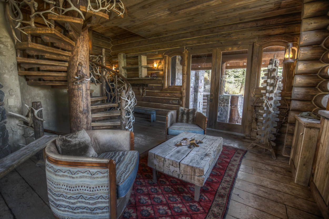 You'll have ski-in, ski-out access through the Hot Springs House.