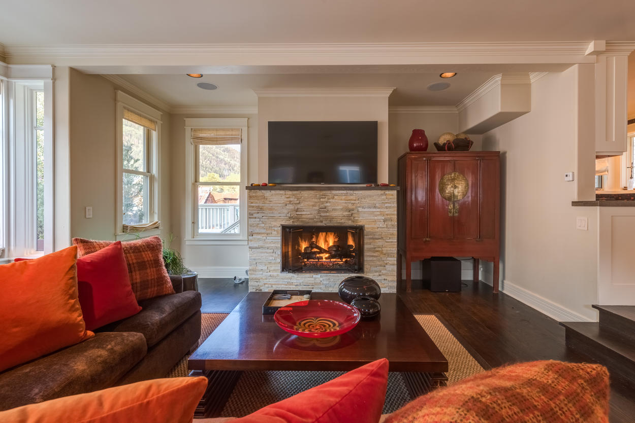 Get a fire going in the gas fireplace on chilly evenings.