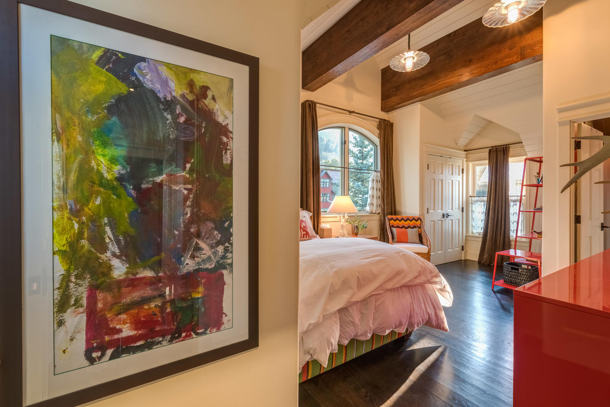 Appreciate the artwork on your way to the second guest bedroom.