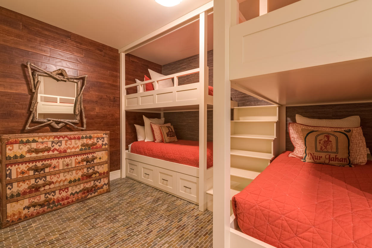 The twin size bunks sleep four and this room has its own ensuite bathroom.