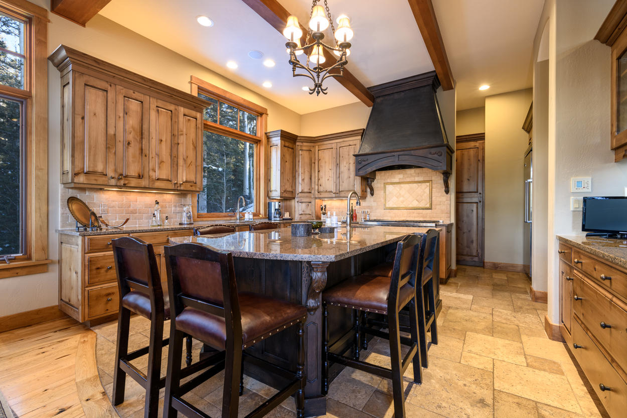 There's gathering space within the kitchen, to maximize time spent together