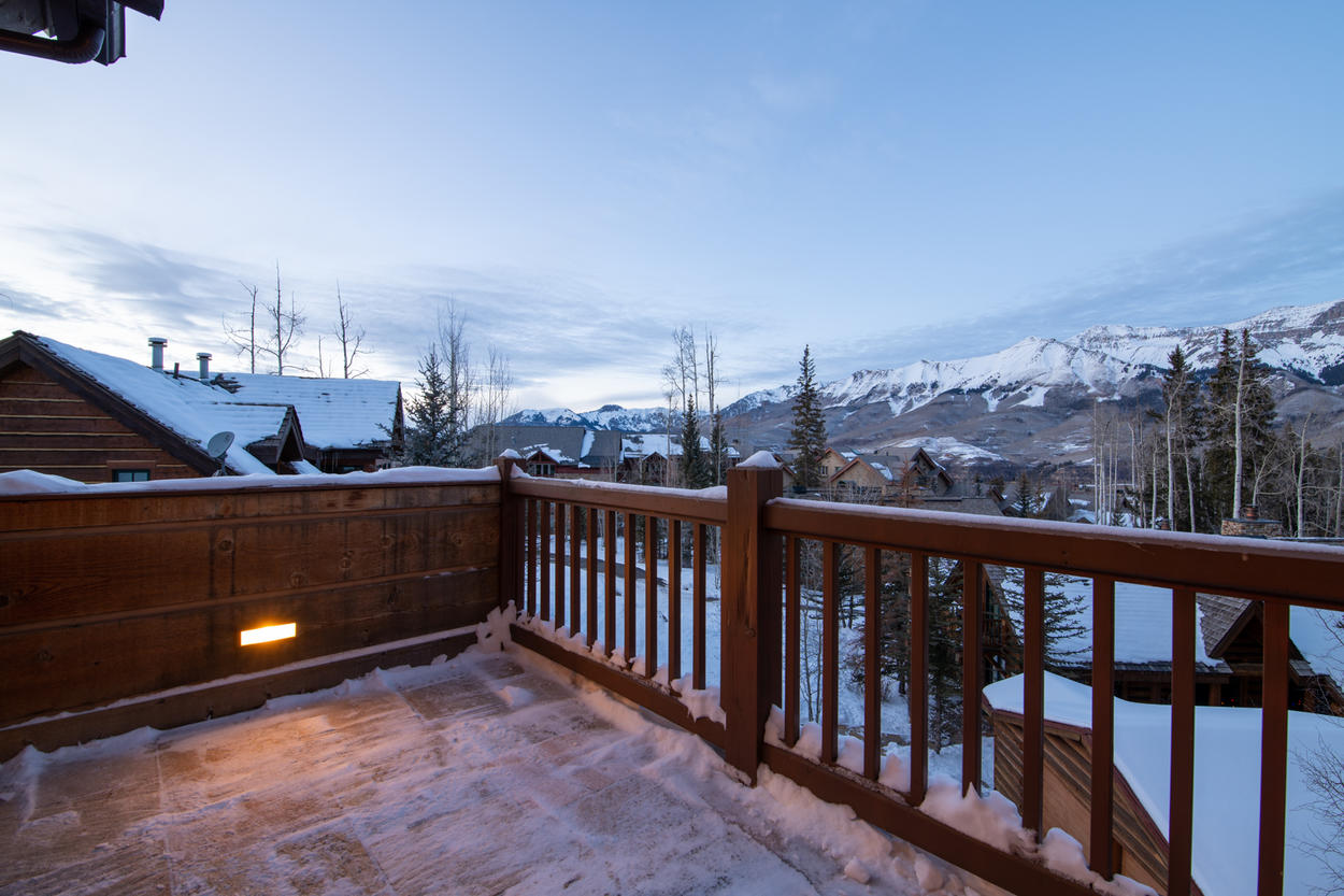 Imagine the extraordinary sunsets you can enjoy from this private balcony each evening