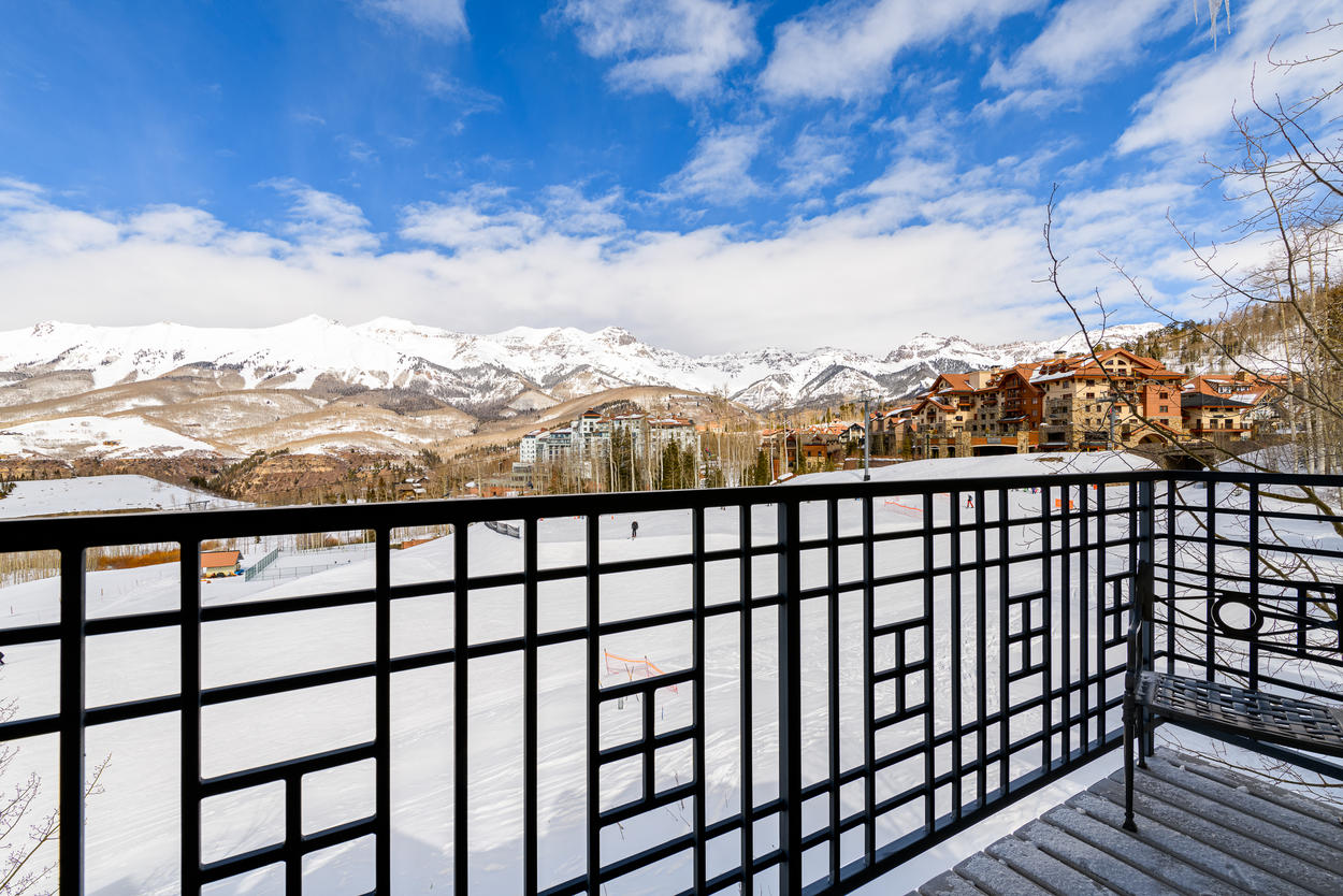 Take in the views from the upper deck while barbecuing