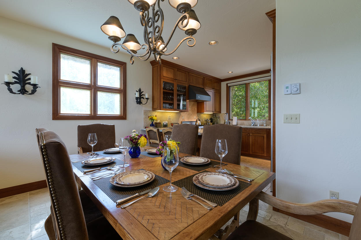 The formal dining table has seating for six.