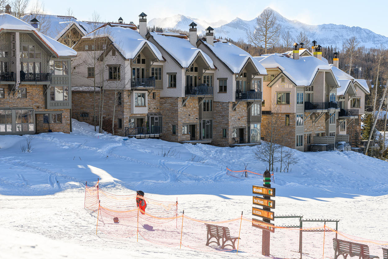 Enjoy ski-in, ski-out access directly from your lower back deck.