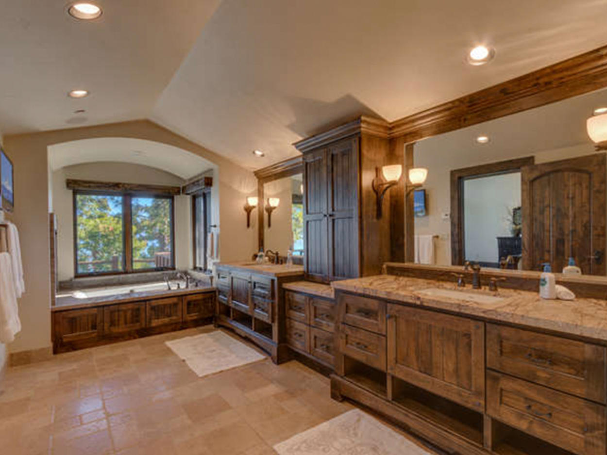 The Master Ensuite features two sinks and a jetted soaking tub.