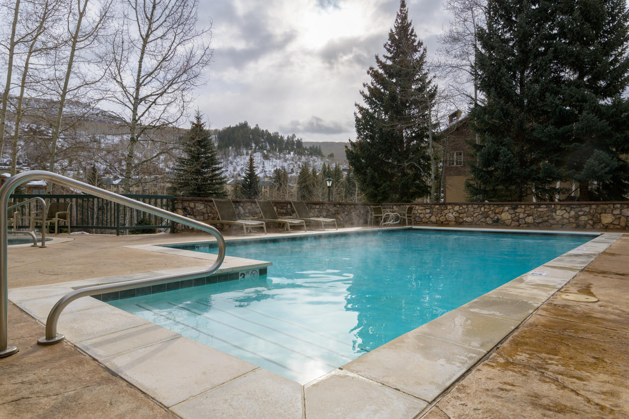 The outdoor community pool is available during both winter and summer.