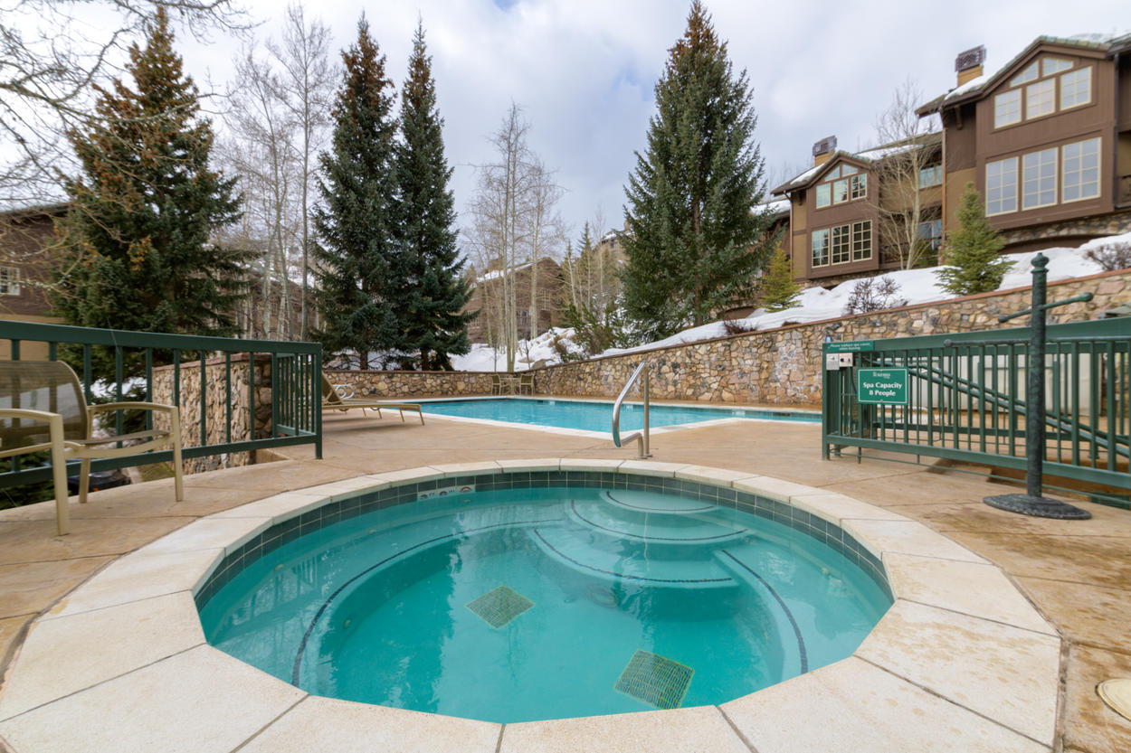 The community pool and hot tub at Borders Lodge are just steps away from your front door.