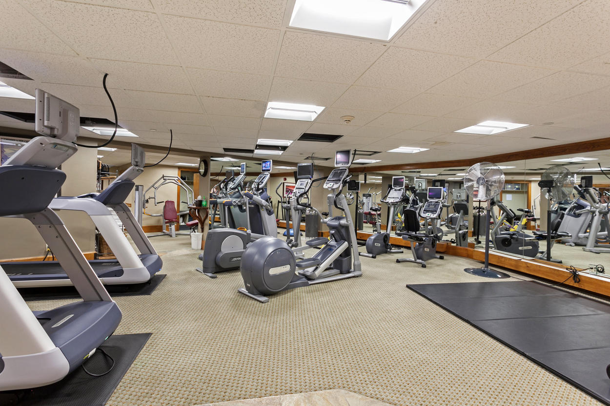The fitness room is available to you as a guest at the complex.