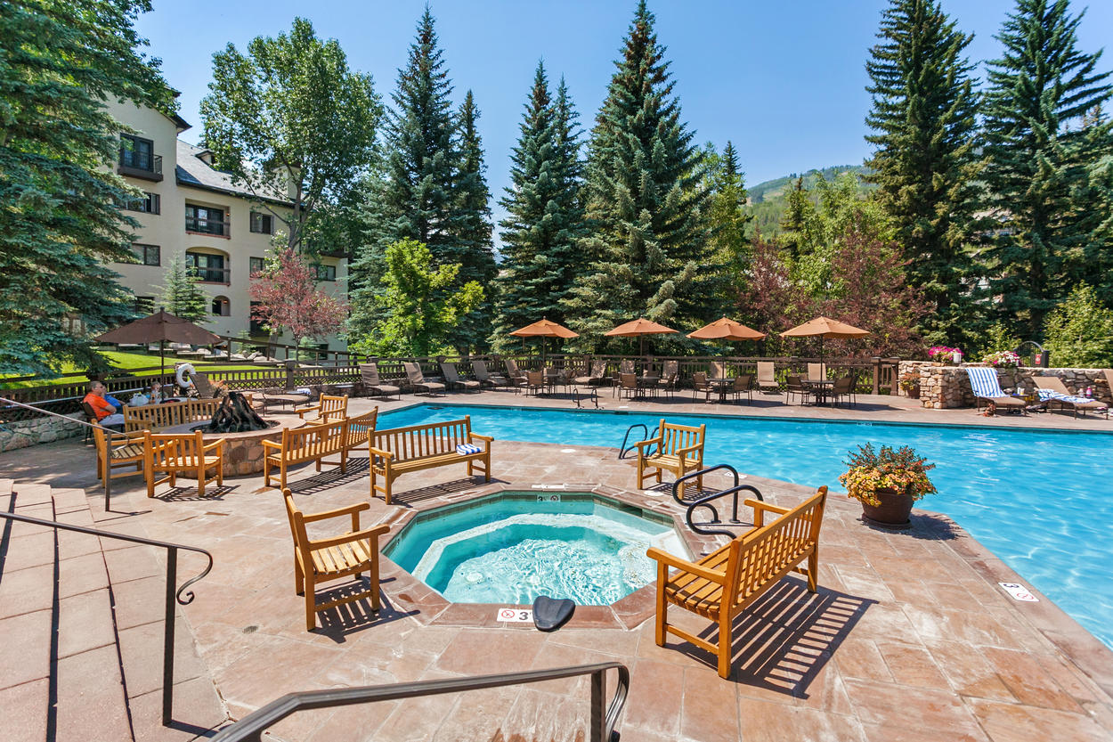 The outdoor pool, hot tub, and fire pit are a few of the fantastic amenities at The Charter complex.