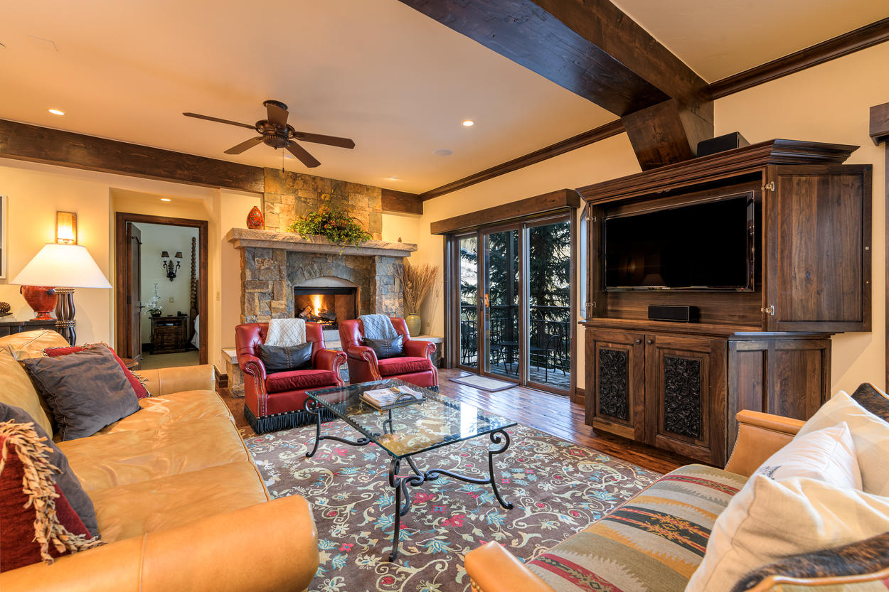 The main living area has plenty of couches and chairs arranged throughout.