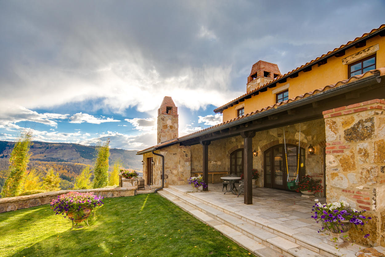 Spend your evenings on the patio admiring the gorgeous Rocky Mountain sky.