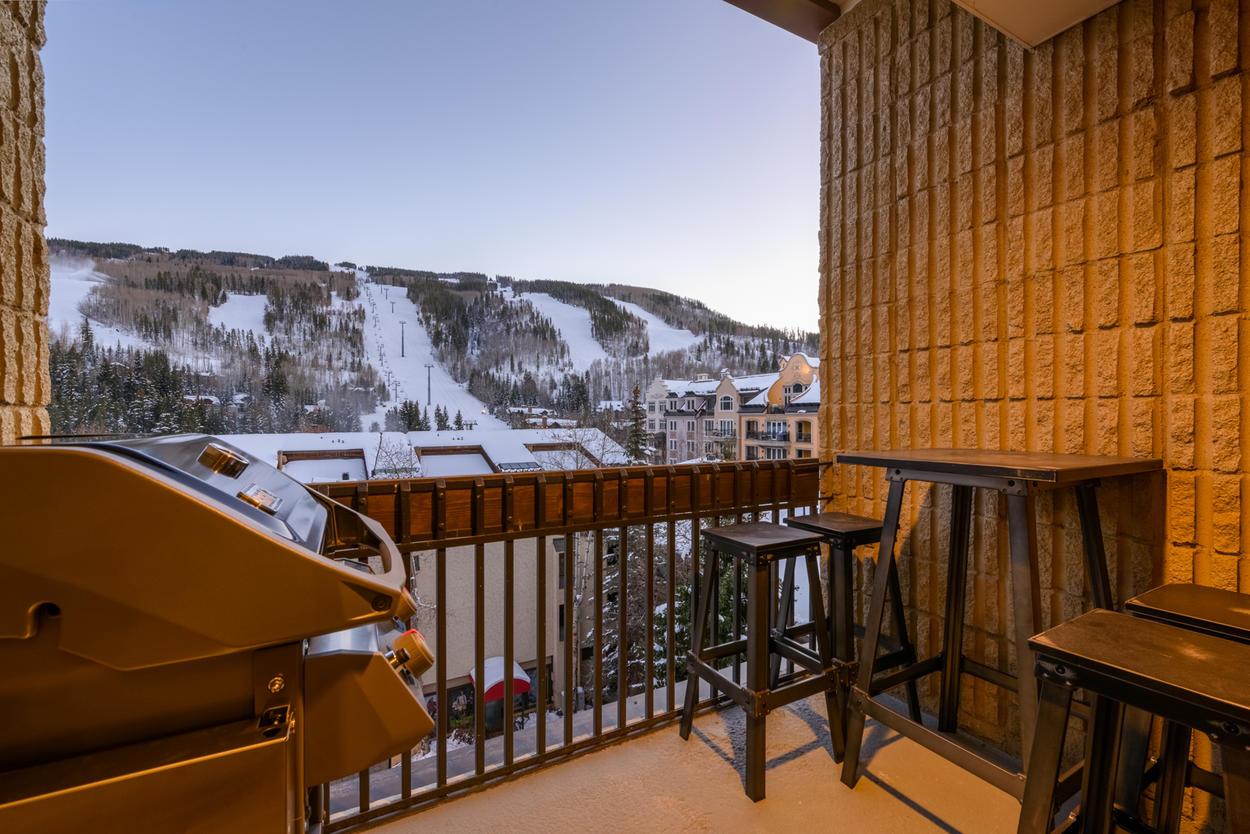 Dine al fresco on your private balcony overlooking Vail's mountainous terrain & the ski slopes.