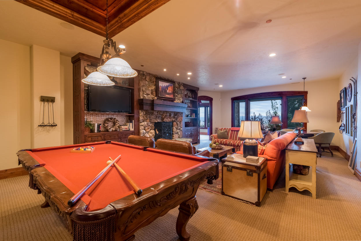 Challenge the family to a game of pool, or enjoy the gas fireplace in the second-level game room