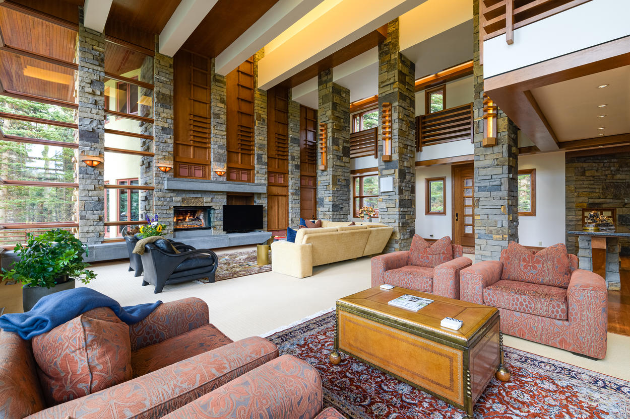 The main living area has two fireplaces at each end.