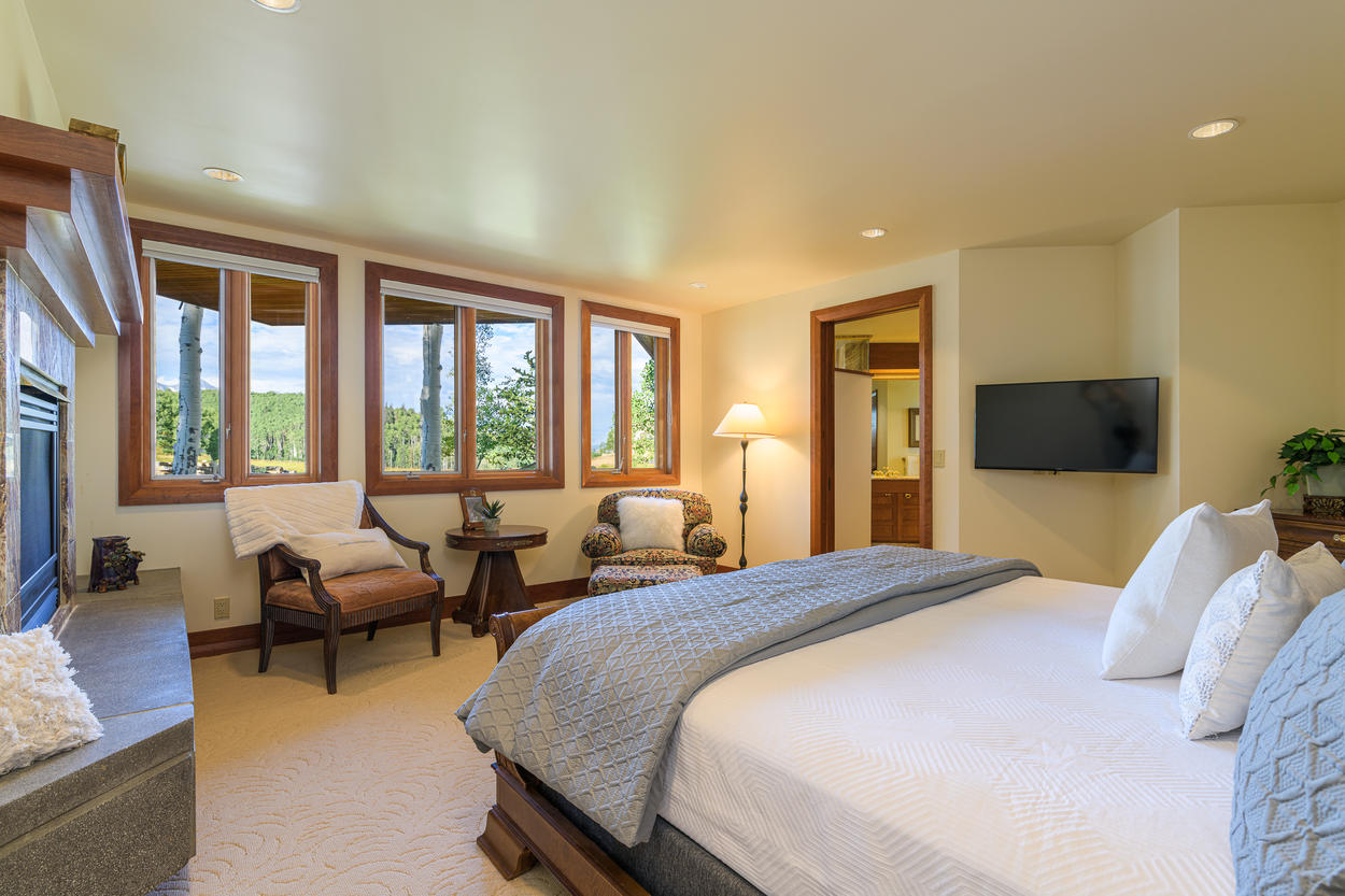 The Main Level Master has a king-size bed and great views.