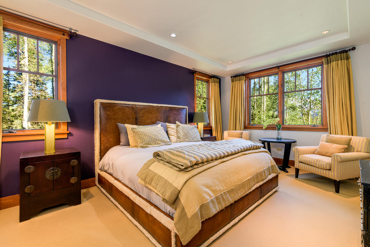 Lush Guest King Bedroom with En suite