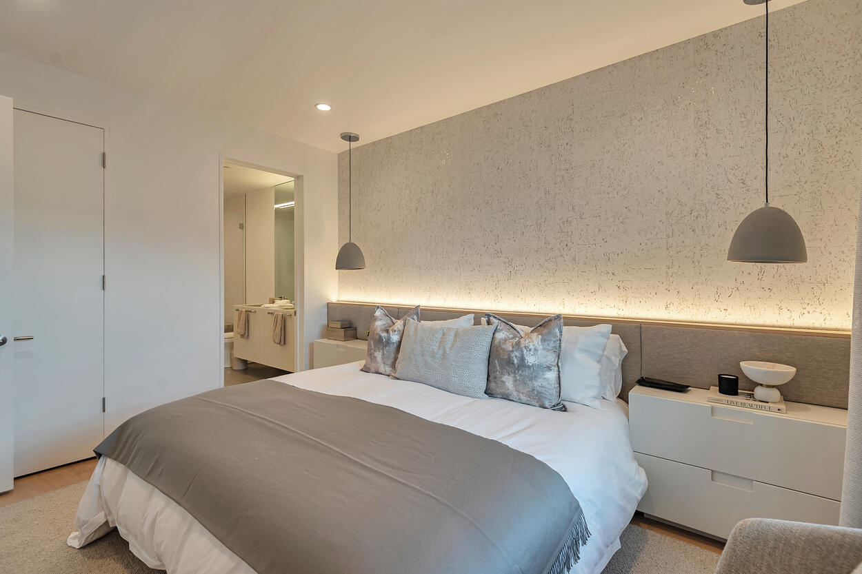 Downstairs Guest Room with En Suite